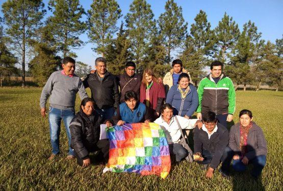 """(Prensa ENDEPA). Entre el viernes 13 y el sábado 14 de julio, se realizó en la Casa de Retiro """"El Jacarandá"""", de la ciudad de Reconquista (Santa Fe), un encuentro de Maestros Idóneos Indígenas, en el cual se analizaron y compartieron experiencias que hacen a la Educación Intercultural Bilingüe (EIB), culminando con la elaboración de […]"""